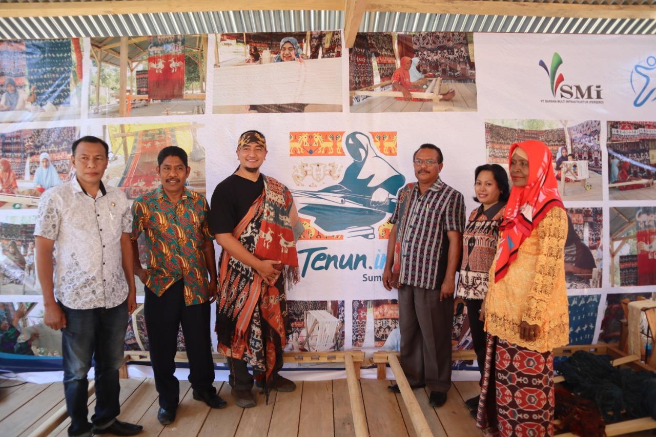 Insan Bumi Mandiri dan PT SMI Launching Program Pemberdayaan Tenun di Sumba