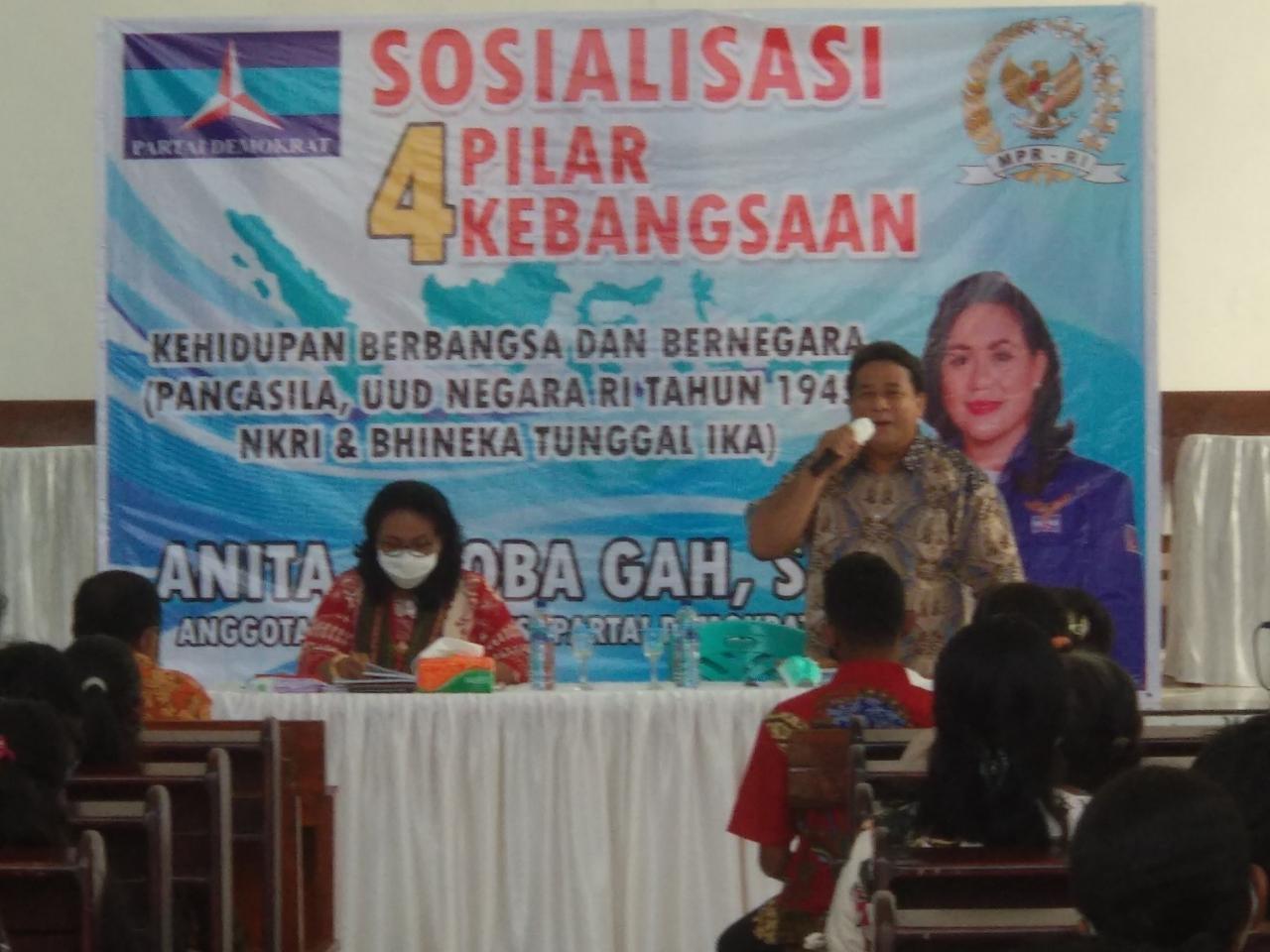 Anita Gah Sosialisasi 4 Pilar Kebangsaan di Kupang