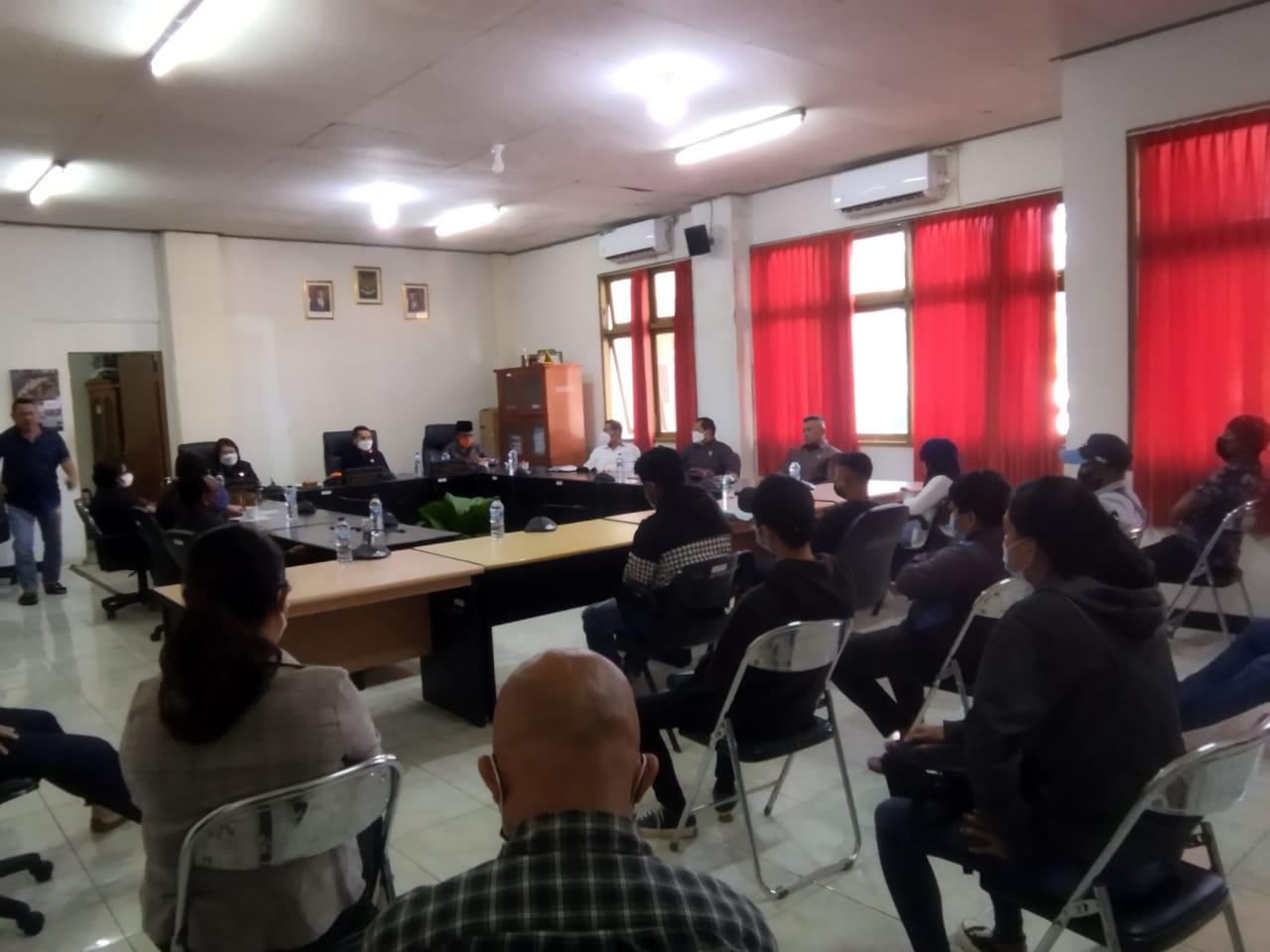 Pemkot Tak Hadiri RDP, DPRD Perjuangkan Nasib 80 PTT yang Dirumahkan